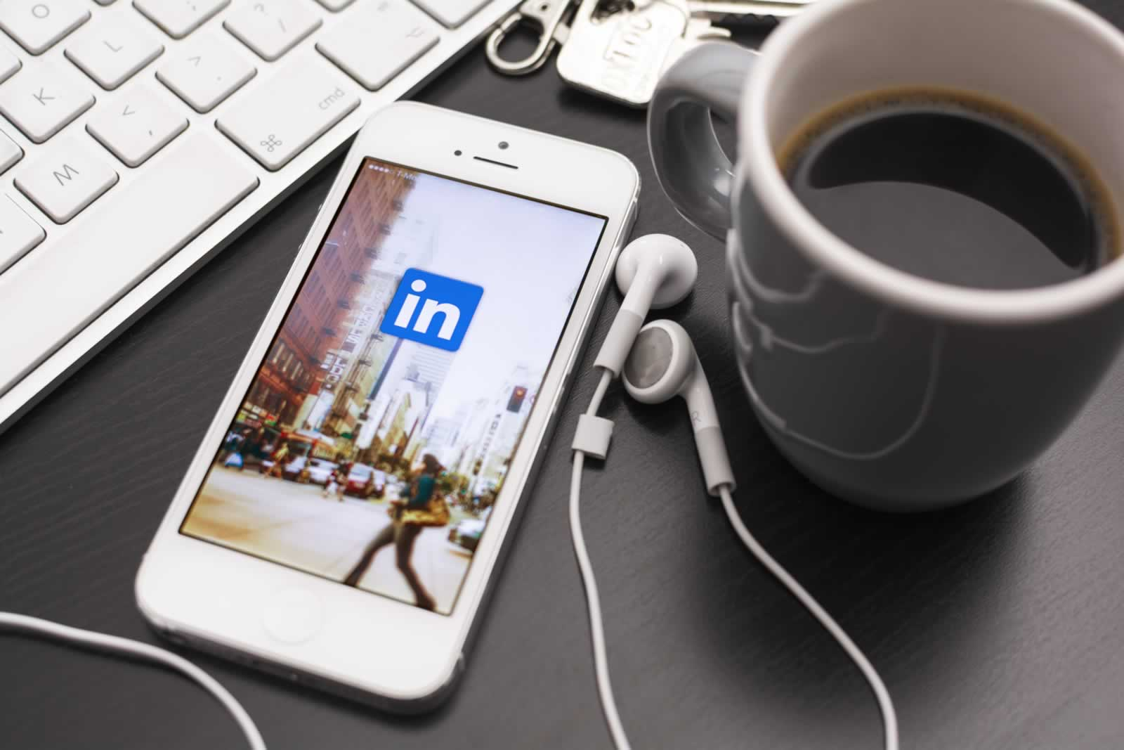 7 Great Reasons to be on LinkedIn-7-reasons-to-be-on-LinkedIn